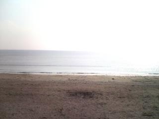 由比ガ浜の海